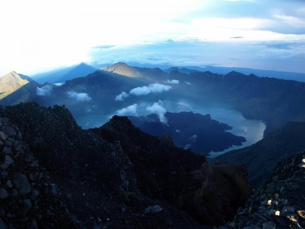 Lombok - Kraterlandschaften und Traumstrände
